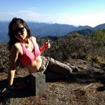 Bikini-hiker-36-crashes-and-freezes-view